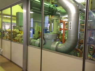 地熱発電所設備.JPG